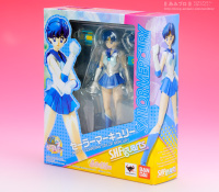 [Tamashii Nations] SH Figuarts Sailor Moon - Page 3 Adc46zKW