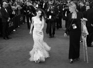 Kristen Stewart - Imagenes/Videos de Paparazzi / Estudio/ Eventos etc. - Página 31 AdcnoUff