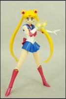 [Tamashii Nations] SH Figuarts Sailor Moon - Page 2 Ade5zEVo