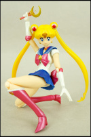 [Tamashii Nations] SH Figuarts Sailor Moon - Page 2 AdfUHAEe