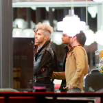 [Vie privée] 12.09.2012 West Hollywood - Bill & Tom Kaulitz Astro Burger AdgJYXch