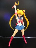 [Tamashii Nations] SH Figuarts Sailor Moon - Page 2 AdhdeIgn