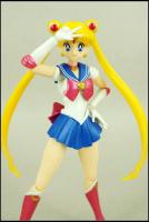 [Tamashii Nations] SH Figuarts Sailor Moon - Page 2 AdkY2RYr