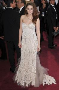 Kristen Stewart - Imagenes/Videos de Paparazzi / Estudio/ Eventos etc. - Página 31 AdmvyyaV