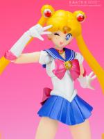 [Tamashii Nations] SH Figuarts Sailor Moon - Page 2 AdnAYPo3