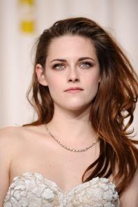 Kristen Stewart - Imagenes/Videos de Paparazzi / Estudio/ Eventos etc. - Página 31 AdqODMmc