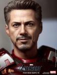 Iron Man (Hot Toys) AdreOkoY