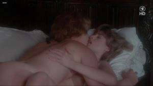 Lisa Foster, Maria Harper, Susie Silvey, Vicky Scott @ Fanny Hill (UK 1983) [720p HDTV]  AdrlzPhC