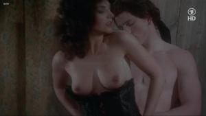 Lisa Foster, Maria Harper, Susie Silvey, Vicky Scott @ Fanny Hill (UK 1983) [720p HDTV]  AdtnjhaJ