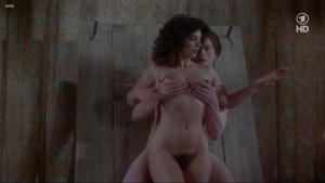 Lisa Foster, Maria Harper, Susie Silvey, Vicky Scott @ Fanny Hill (UK 1983) [720p HDTV]  Advf4PjV