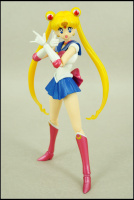 [Tamashii Nations] SH Figuarts Sailor Moon - Page 2 Adz7pa7p