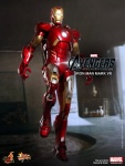 Iron Man (Hot Toys) AdzRmJit