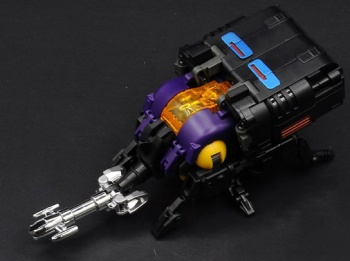 [Masterpiece Tiers] BADCUBE EVIL BUG CORP COLLECTOR aka INSECTICONS - Sortie Octobre 2015 BQJWySOk