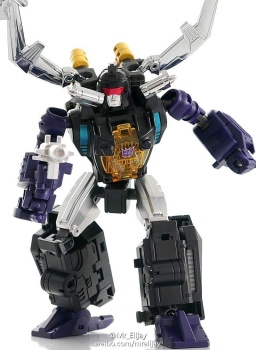 [Masterpiece Tiers] BADCUBE EVIL BUG CORP COLLECTOR aka INSECTICONS - Sortie Octobre 2015 WMxE7Q1t