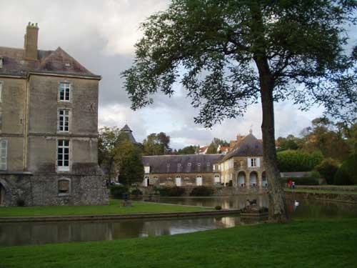 Les Chateaux de René no 10 Trouvé par Ajonc et ce avec brio Chateau