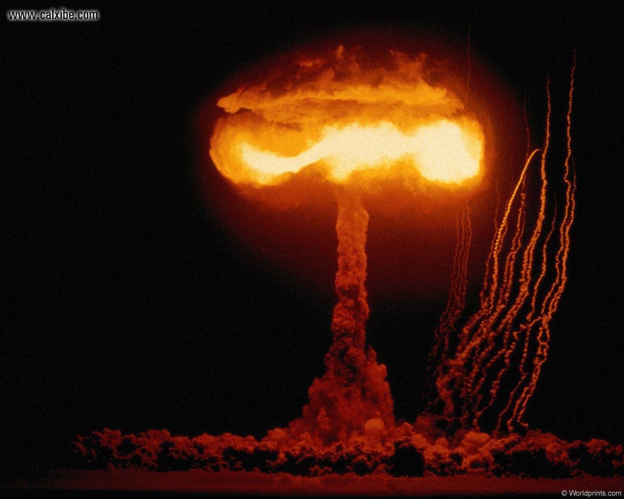 Les chaînes YouTube à voir ! Atomic_explosion