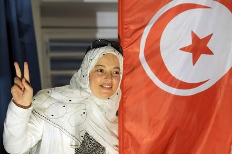 هل ينقلب لائيكيو تونس على الديمقراطية؟ Alawitunisia_719797052
