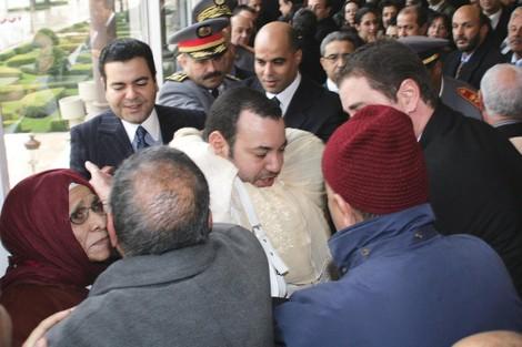 ويكيليكس ينشر وثائق جديدة: الملك محمد السادس واحد من الشعب MohamedViwikileaks_443000652