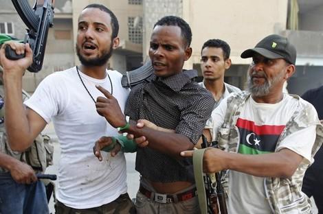 """أكثر من 550 من مرتزقة """"البوليساريو"""" في قبضة ثوار ليبيا Mercenarynew_455957364"""