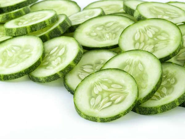 'ரா'வா.. இதை சாப்பிட்டுப் பாருங்க.. சூப்பரா இருக்கும்! 19-1384857225-4-cucumber
