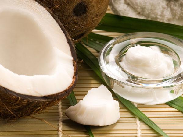 'ரா'வா.. இதை சாப்பிட்டுப் பாருங்க.. சூப்பரா இருக்கும்! 19-1384857251-9-coconut
