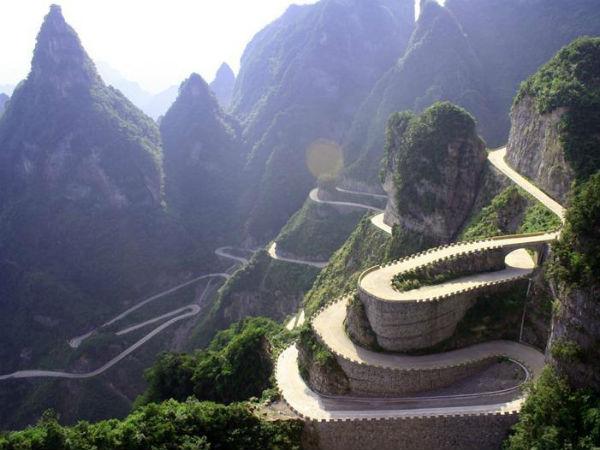 உலகின் விந்தையான சாலைகள், பாலங்கள்!   18-1366266143-heaven-linking-avenue-china