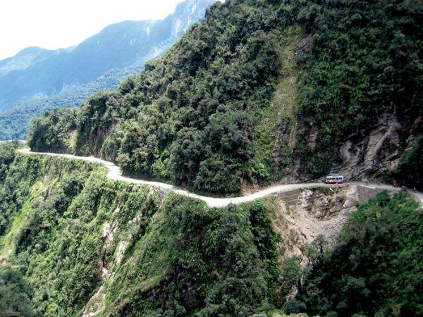 உலகின் விந்தையான சாலைகள், பாலங்கள்!   18-1366266476-north-yungas-road-bolivia