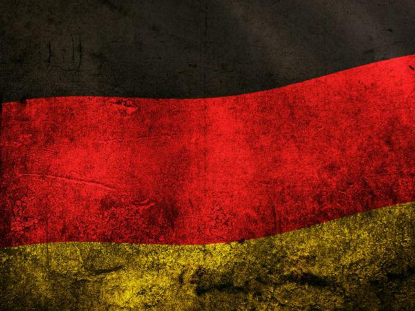 டன் கணக்கில் தங்கம் வைத்திருக்கும் 10 நாடுகள்..!  28-1385642453-2-germany-grunge-flag