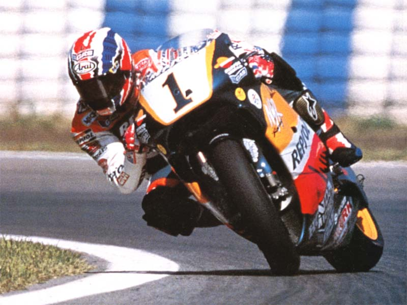 Mundial de Motociclismo - 2012 [MotoGP - Moto2 - Moto3] - Página 6 Mick_doohan_3