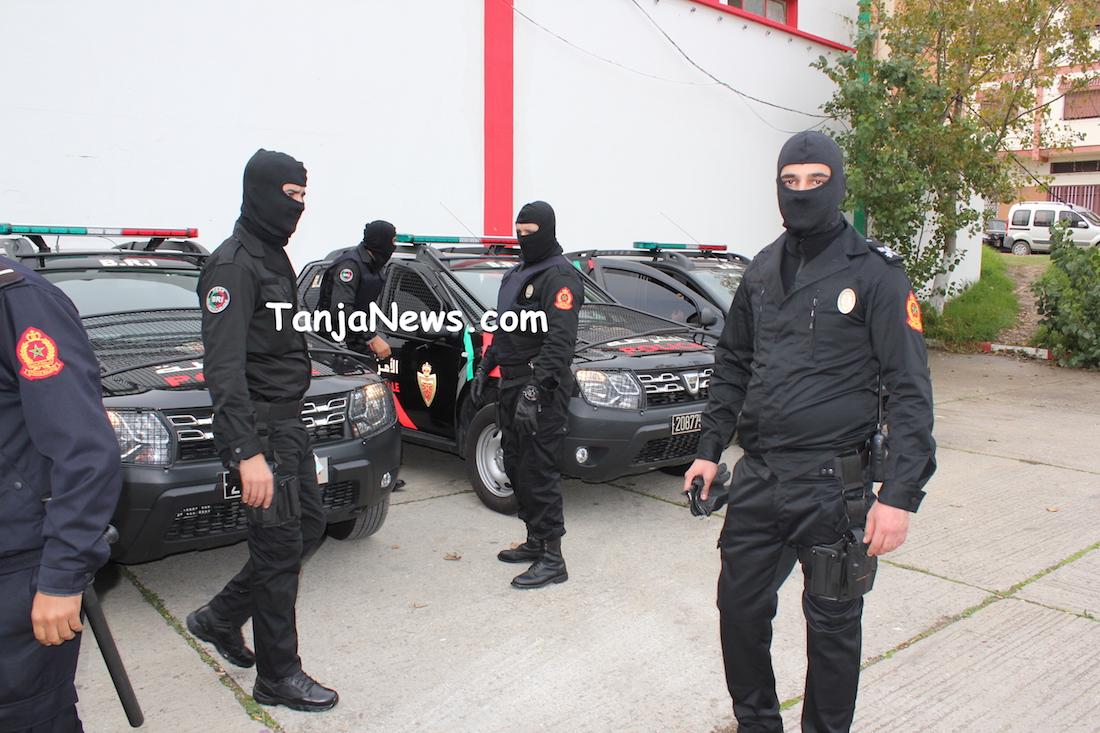 Moroccan Special Forces/Forces spéciales marocaines  :Videos et Photos : BCIJ, Gendarmerie Royale ,  - Page 12 11654-4