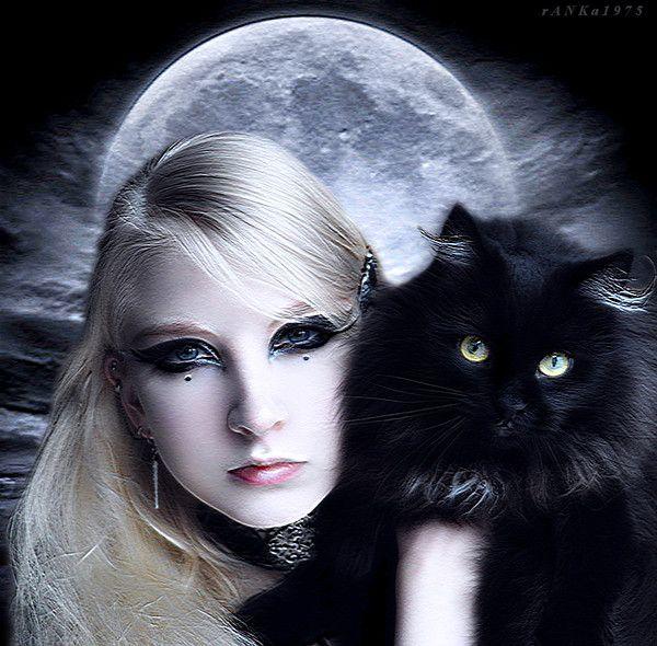 La femme et la Lune ...  - Page 2 88c23e6e