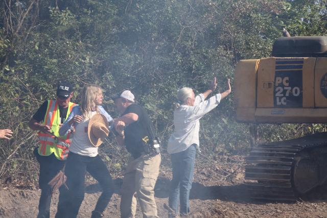 Tar Sands Blockade: Along with Landowner, Actress Daryl Hannah Arrested Img_0219