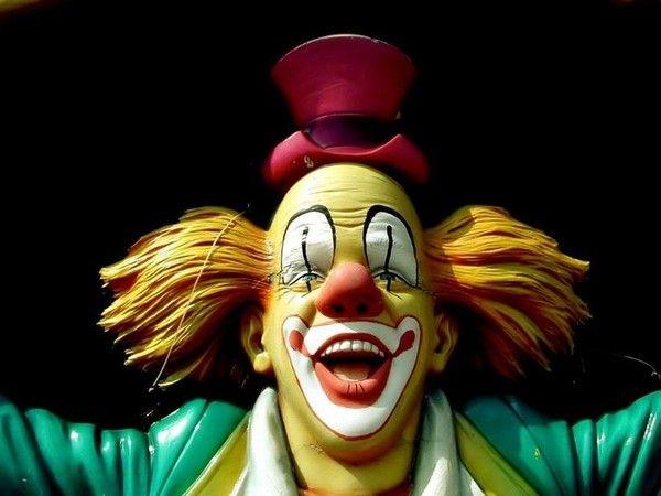 Les clowns  8d0250cc