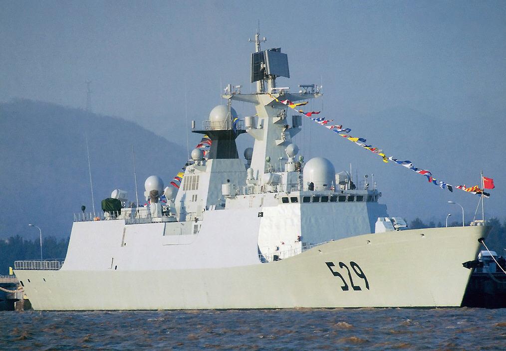 3 كورفيتات صبنية مجهولة الطراز للجزائر - صفحة 2 Plan-054a-frigate
