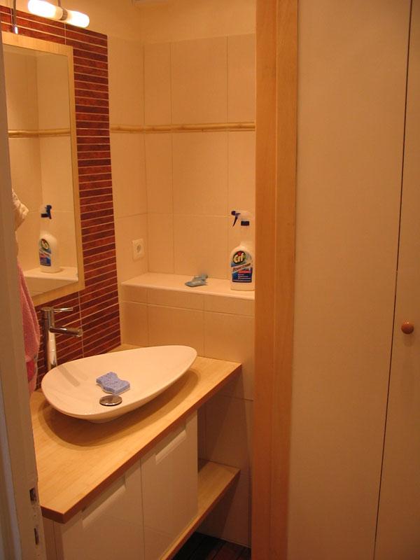 Salle de bains, pont de bateau 48