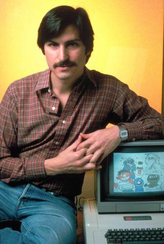Conheça a trajetória profissional de Steve Jobs Stevejobs_trajetoria_f_003