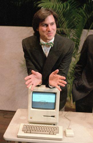 Conheça a trajetória profissional de Steve Jobs Stevejobs_trajetoria_f_007