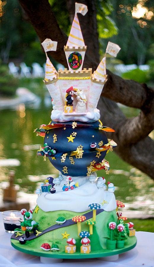 Happy Birthday Raps! Mario_kart_wedding_cake