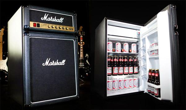 Que tal um freezer... da Marshall?  Marshall_amp_fridge