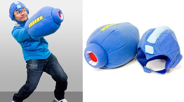 Goodies, Objets Limited/Déco Jap. & Jap. Culture - Page 2 Mega-man-mega-buster-arm-cannon-helmet-plush-pillow