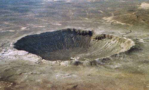L'astéroïde géocroiseur 2012 DA14 va nous frôler le 15 février 2013 Meteor-crater