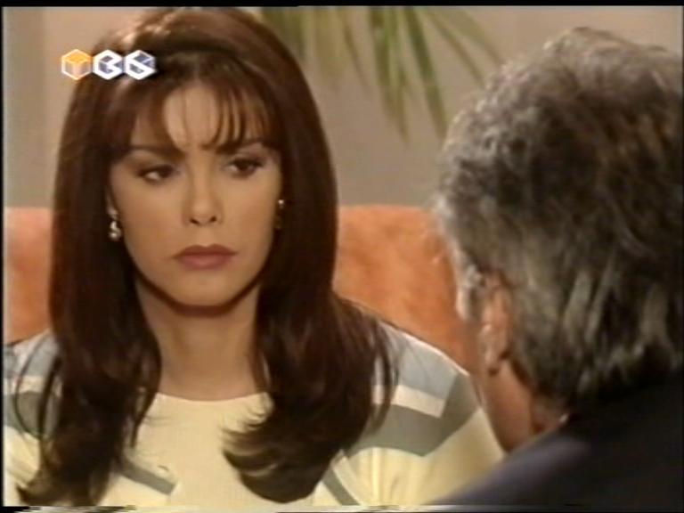 Женщина с характером/Golpe Bajo  Fggolpebajo81
