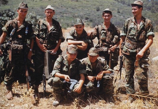 soldat français Commando_MONTFORT_Yves_ROEHRIG_droite