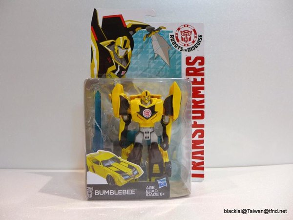 Jouets de TF Robot In Disguise (2015) Bumblebee-01__scaled_600