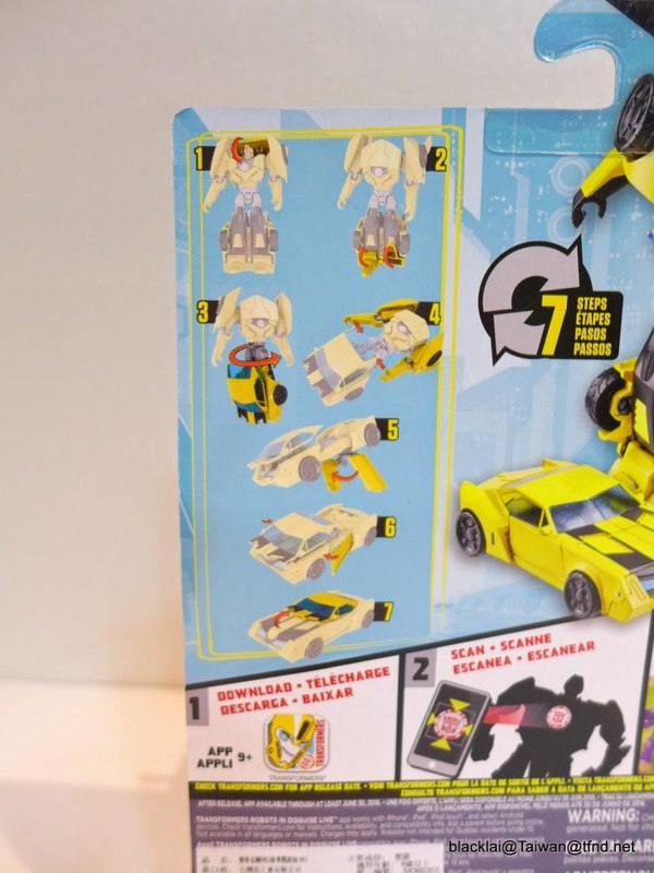 Jouets de TF Robot In Disguise (2015) Bumblebee-03__scaled_600