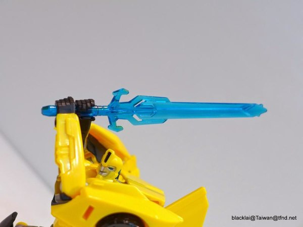 Jouets de TF Robot In Disguise (2015) Bumblebee-11__scaled_600