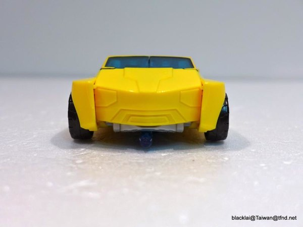Jouets de TF Robot In Disguise (2015) Bumblebee-20__scaled_600