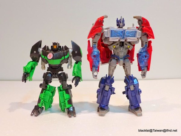 Jouets de TF Robot In Disguise (2015) Grimlock-08__scaled_600
