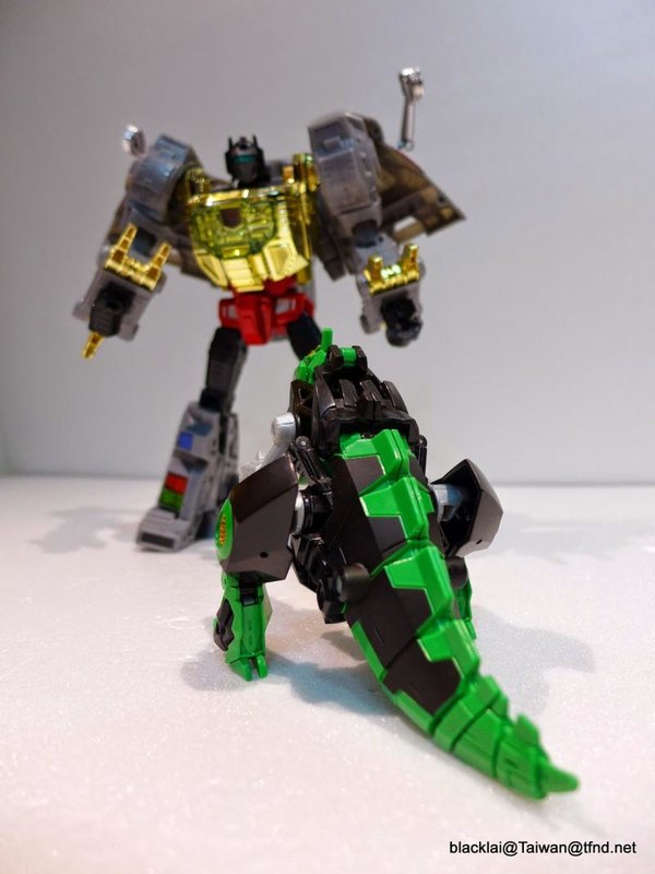 Jouets de TF Robot In Disguise (2015) Grimlock-24__scaled_600