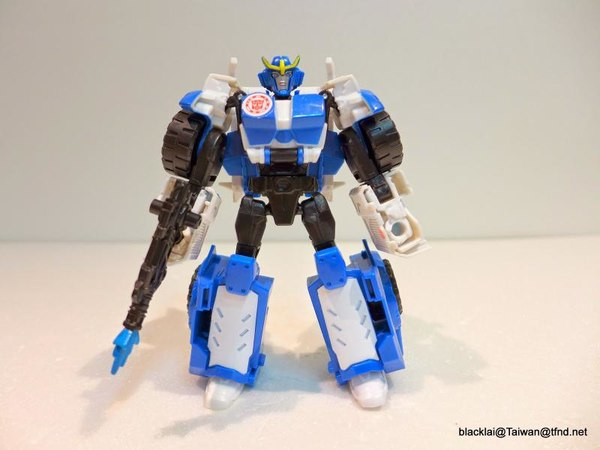 Jouets de TF Robot In Disguise (2015) Strongarm-05__scaled_600